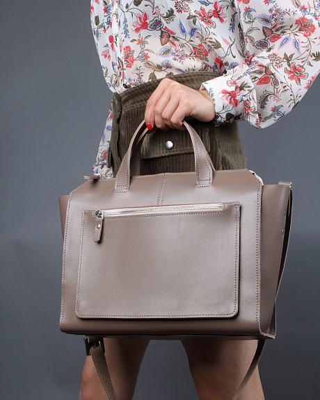 A018 taupe